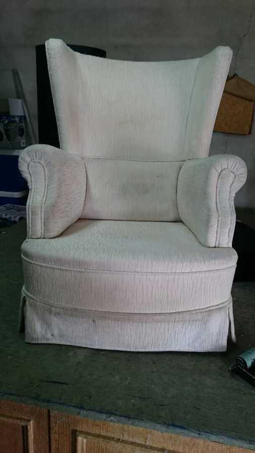 Retapizado de sillones altea ideas tapiceros - Tapizar sillon orejero precio ...