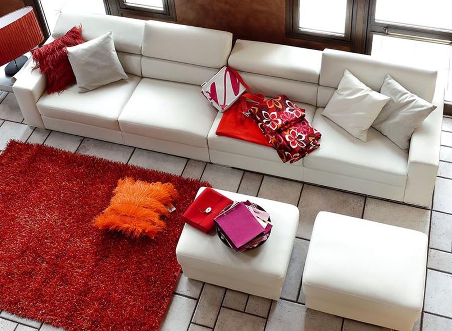 Sofá blanco largo