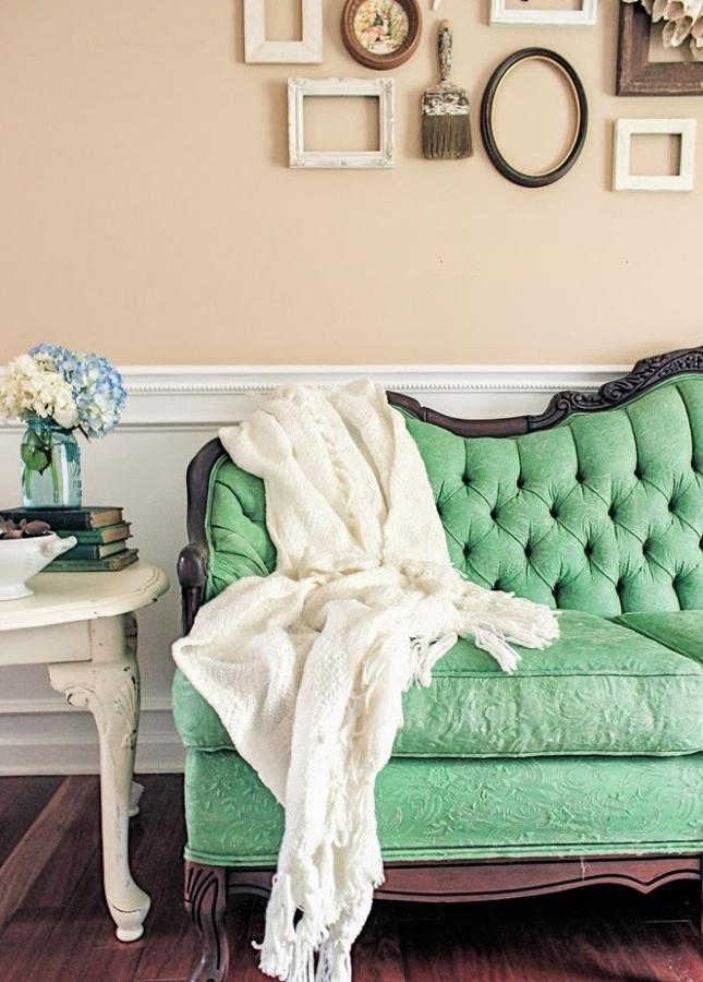 sofá chalk paint en verde