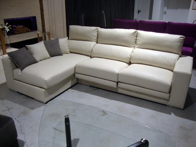 Foto sofa simipiel de rooms de cocinobra 269059 - Dormitorios juveniles pamplona ...