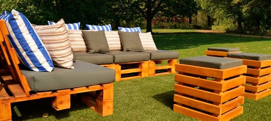 Sofas de Palets en Jardín