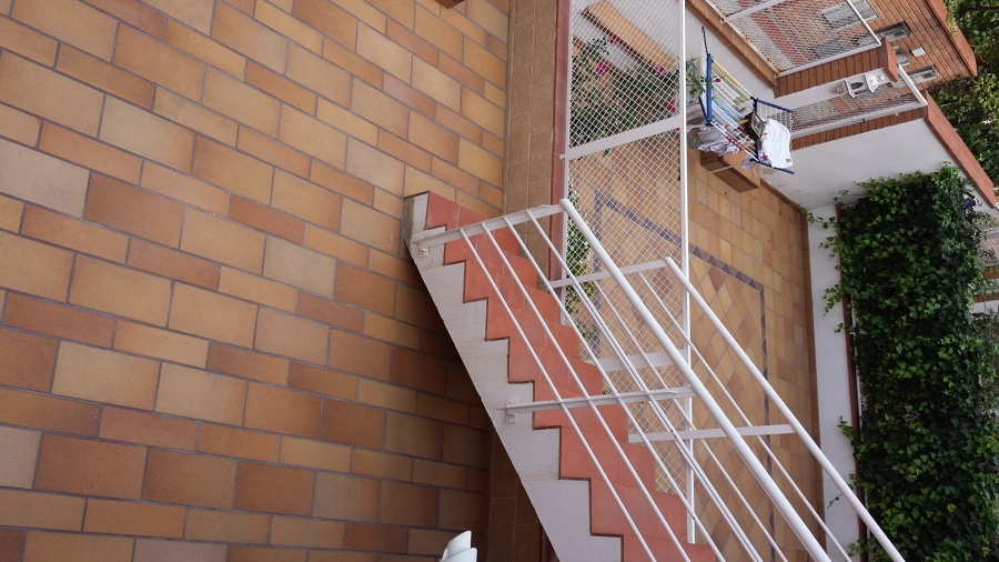 Solados y alicatados Moya,s.l.-patio interior