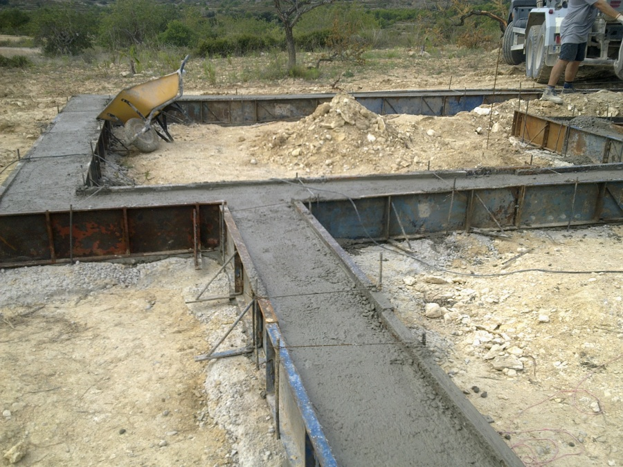 Construcci n solera de hormig n para casa de madera for Construccion casas hormigon