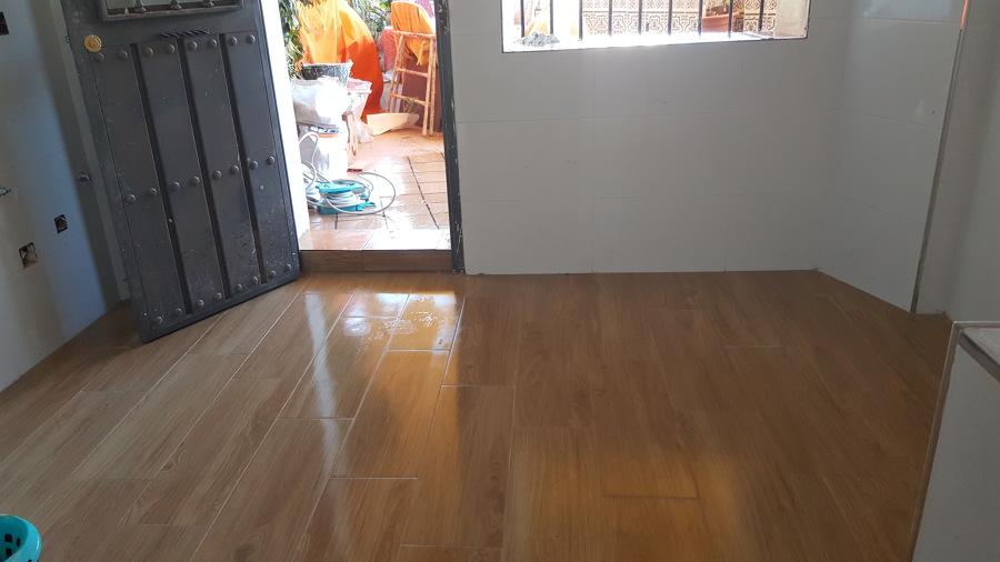 Foto soleria en cocina de reformas f j m 1141196 for Jm decoracion granada