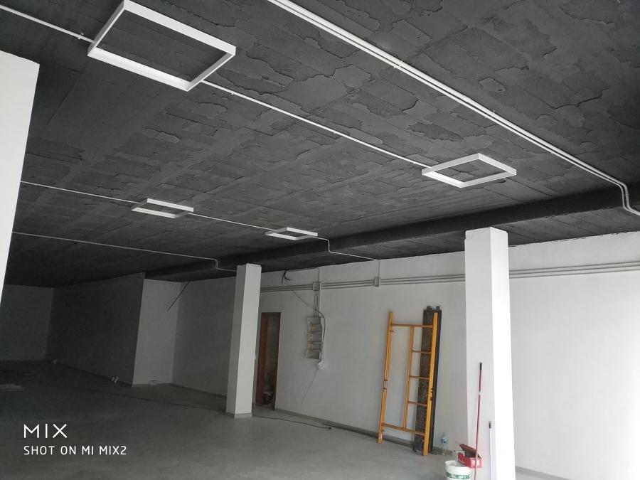 Soportes para las luminarias de 60x60 tecnología Led