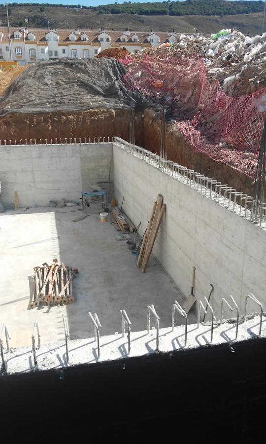 Foto s tano con muros de hormig n armado de construcciones y reformas melero del sur 1104618 - Muros de hormigon ...