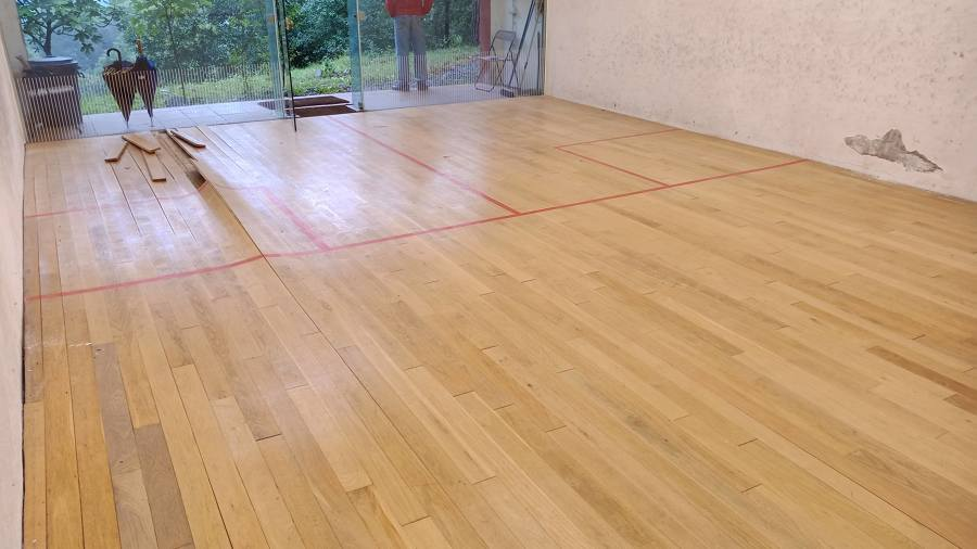 Squash madera roble dañado 4