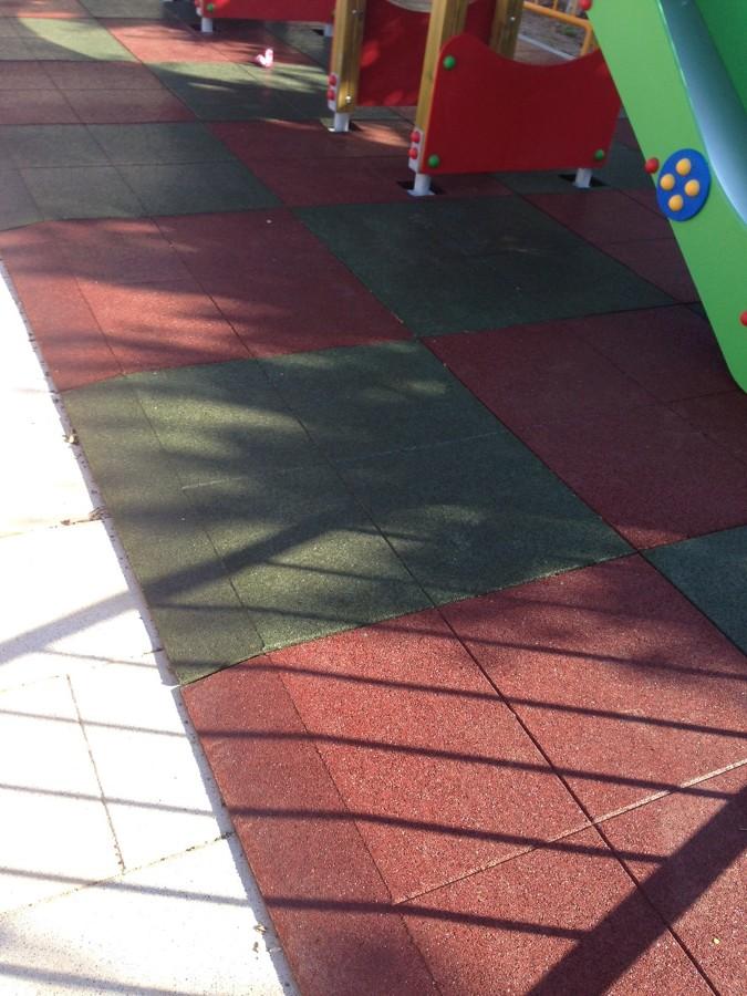 Suelo de caucho para parque infantil ideas pavimentos - Suelo de caucho ...