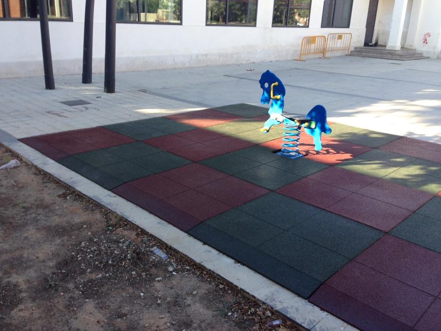 Suelo de caucho para parque infantil ideas pavimentos - Parque suelo ...