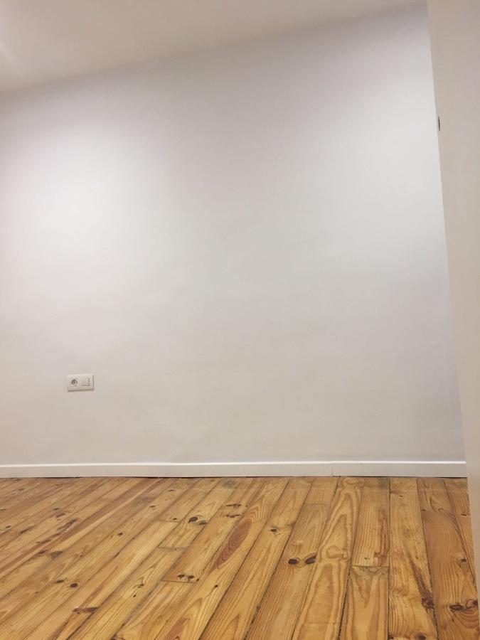 Suelo de habitacion y pared