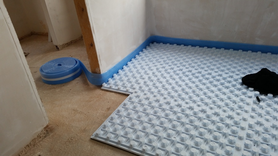 Climatizaci n suelo radiante y acs con aerotermia en obra for Suelo radiante por agua
