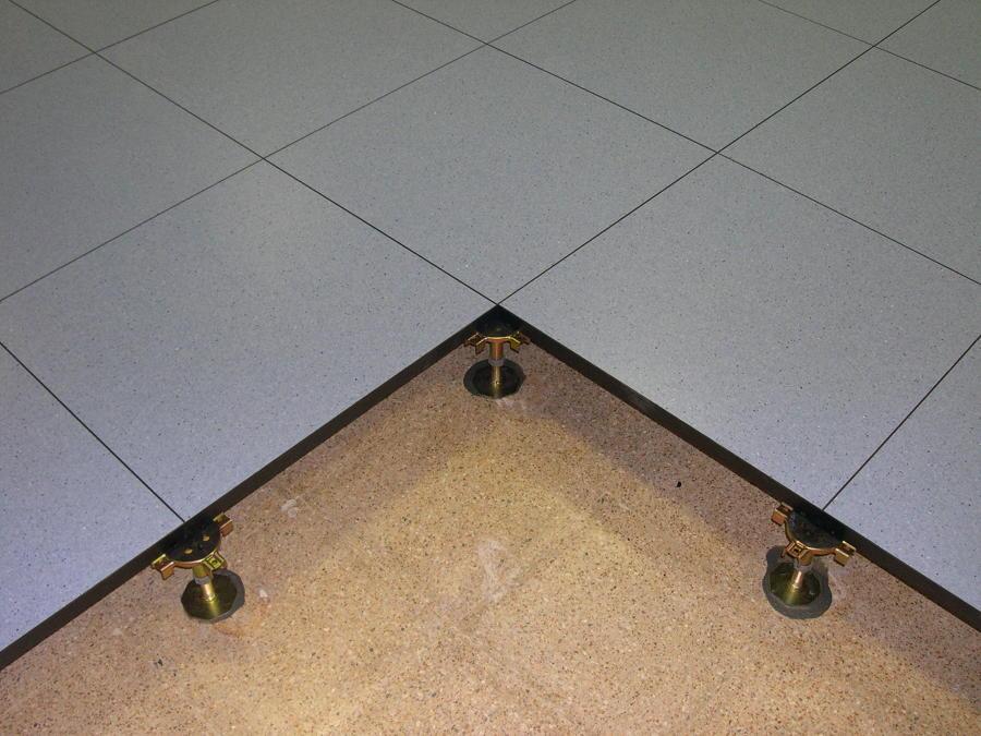 Venta e instalacion de suelo tecnico ideas obra civil - Suelo tecnico madera ...