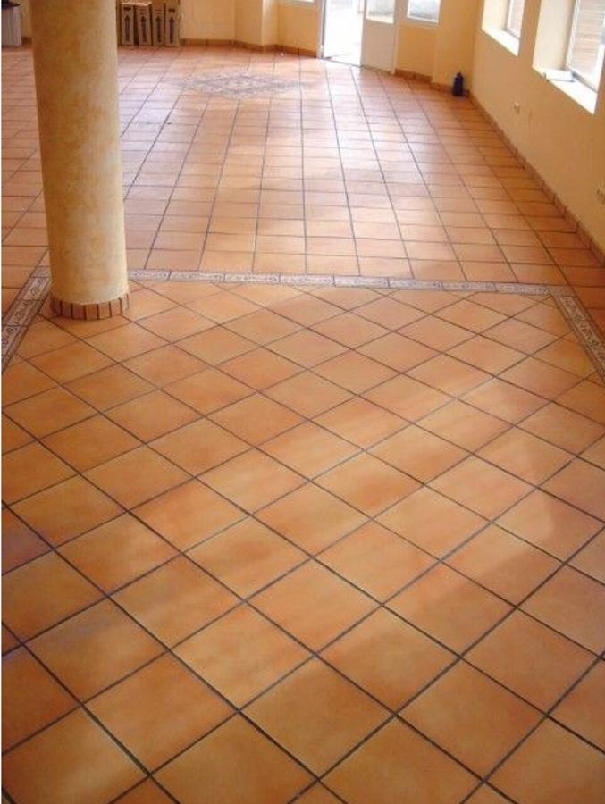 Foto suelo tipo r stico en interior de comunser limpiezas y servicios 1242864 habitissimo - Suelos rusticos interior ...