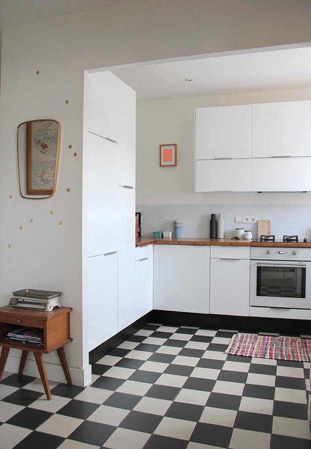 C mo reformar tu cocina sin quitar los azulejos ideas - Suelo vinilico cocina ...