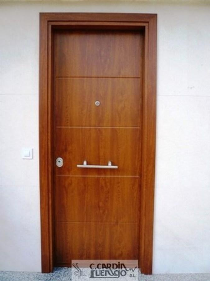 Foto suministro y colocaci n de puerta exterior acorazada - Puertas exterior asturias ...
