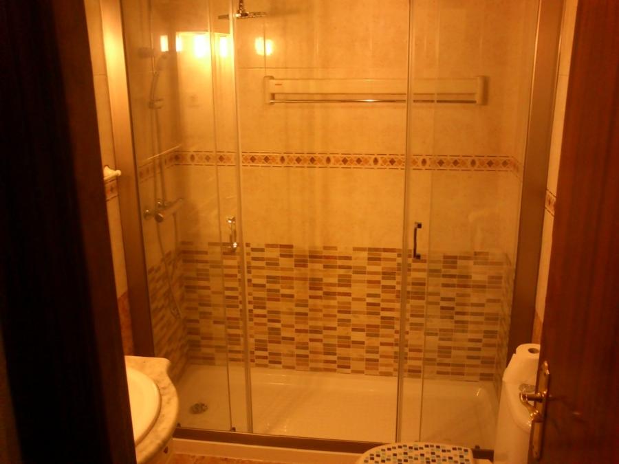 Sustitucion de bañara por ducha  ya terminada