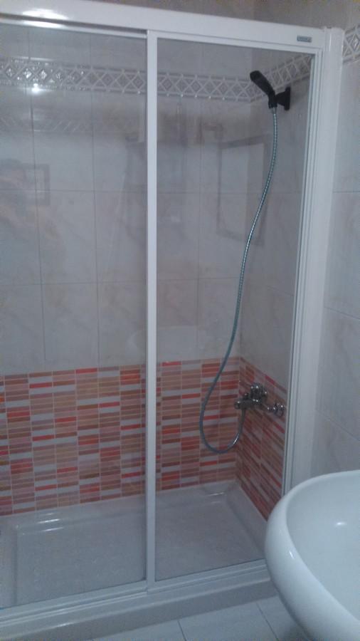 Sustituci n de ba era por plato de ducha ideas reformas - Banera plato de ducha ...