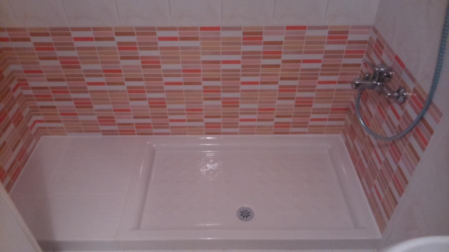Foto sustituci n de ba era por plato de ducha de blanco - Sustitucion de banera por plato de ducha ...