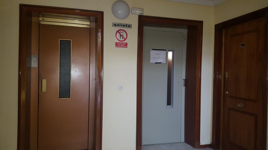 Puertas exteriores ideas mantenimiento ascensores - Puertas de exteriores ...