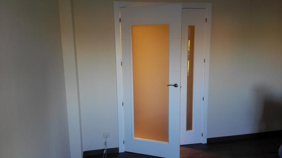 Sustitución puertas. Salón