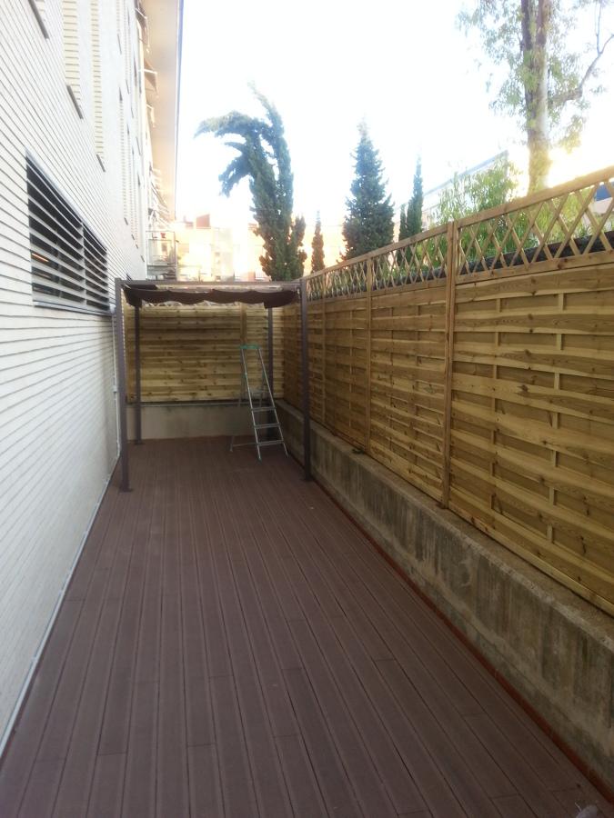 tarima exterior en terraza encornella de llobregat