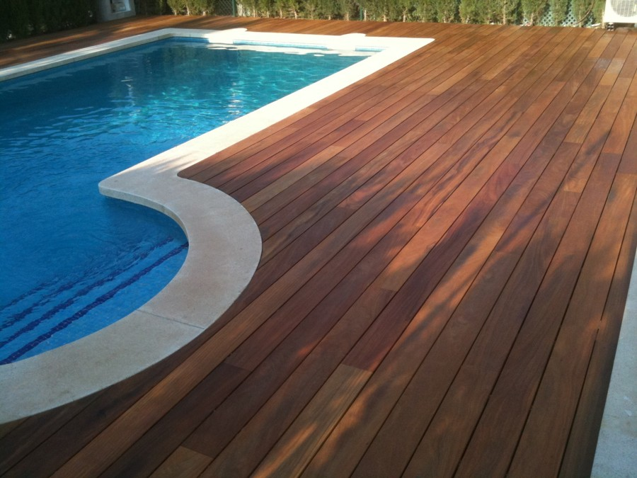 Piscinas elige tarimas de madera ideas construcci n - Tarima para piscinas ...