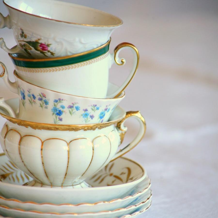 Come y bebe en estas vajillas con sabor vintage ideas for Vajilla retro