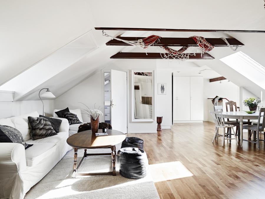 techo bajo blanco con hamaca