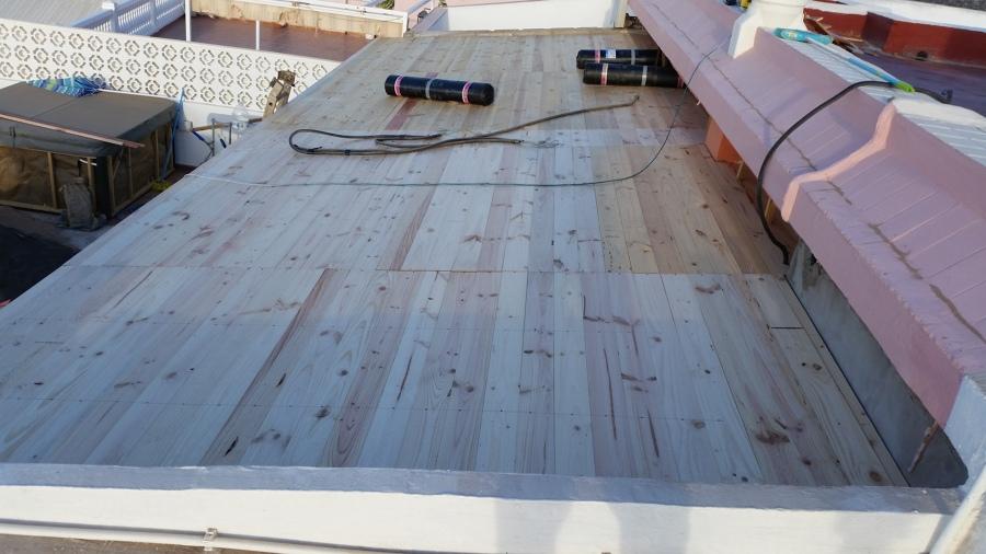 Techo de madera machimbrado parte superior