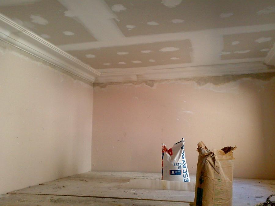 Foto techo de pladur y moldura de escayola de gonzalo raboso 197089 habitissimo - Molduras techo pared ...