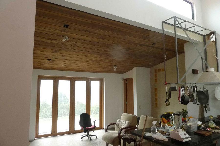 techo madera en cocina