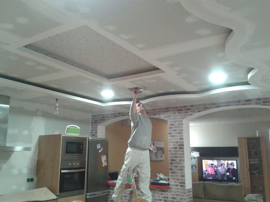 Foto techo moderno en cocina de j j hildalgo aislamientos - Techos de escayola modernos ...