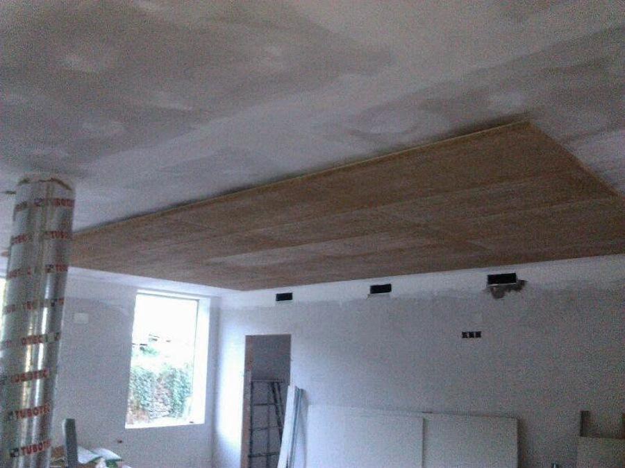 Foto techo pladur y techo de madera de decorplak gijon - Fotos de techos de pladur ...