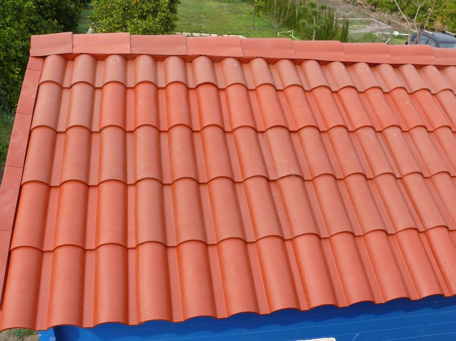 Foto tejas de pl stico de impermeabilizaciones tosca for Plastico para tejados
