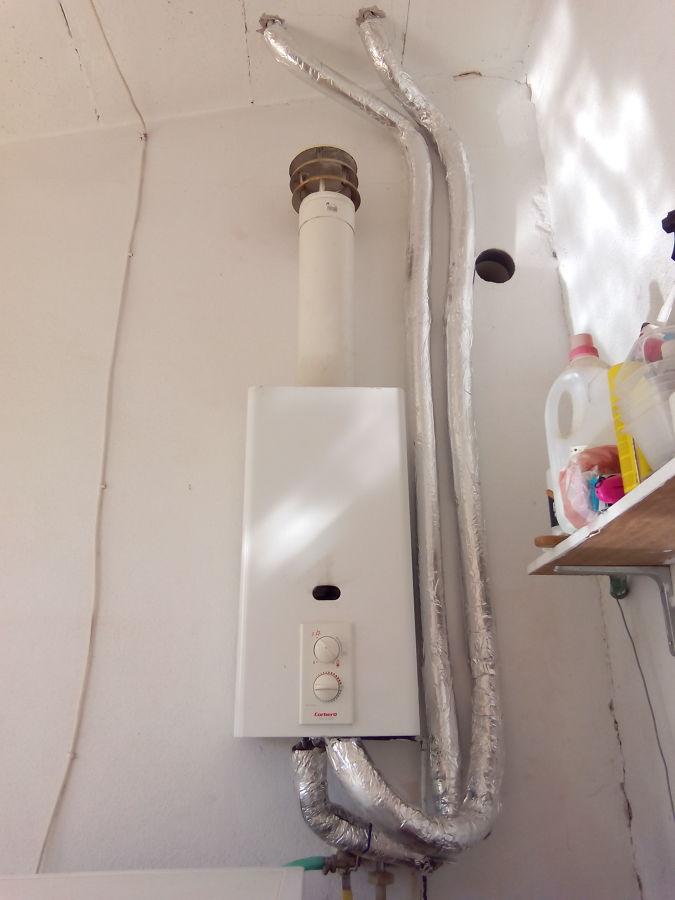 Casa maria de la salut ideas energ as renovables - Precio termo de gas ...