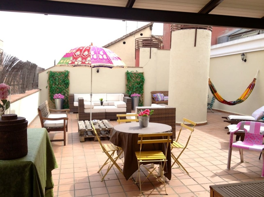 10 terrazas de airbnb en las que perderse e inspirarse - Techar terraza atico ...