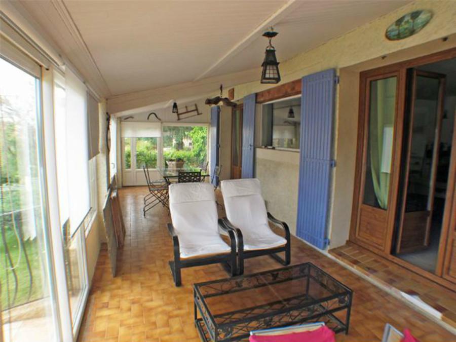 El antes y despu s de 7 terrazas cubiertas ideas for Verande arredate