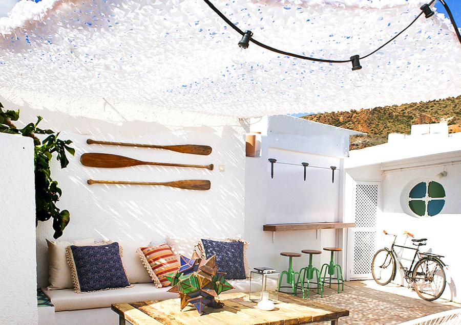 Crea rincones de obra para decorar tu exterior ideas for Sofa exterior de obra