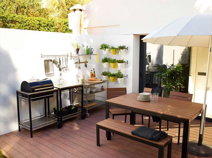 Foto terraza con barbacoa de maribel mart nez 1499536 for Decoracion jardin ikea