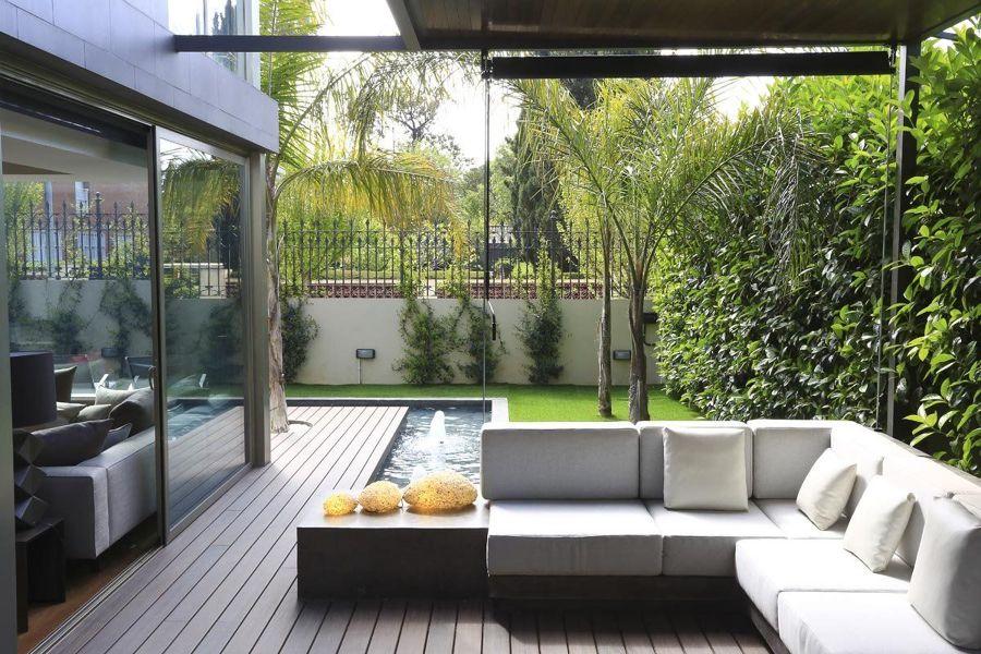 Terraza con fuente