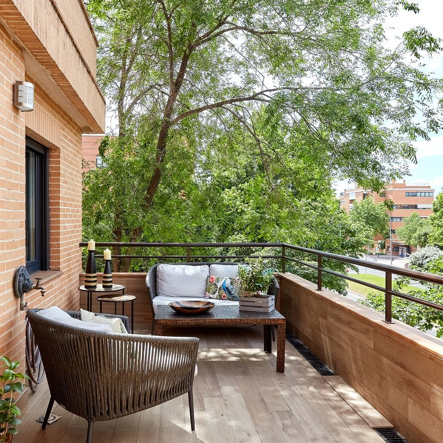 Terraza con mobiliario de exterio