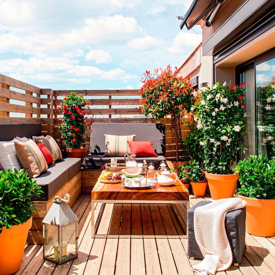 Foto terraza con muebles de madera de maribel mart nez - Terrazas leroy merlin ...
