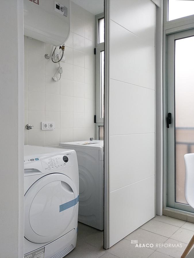 Terraza de cocina y armario de lavadora/secadora