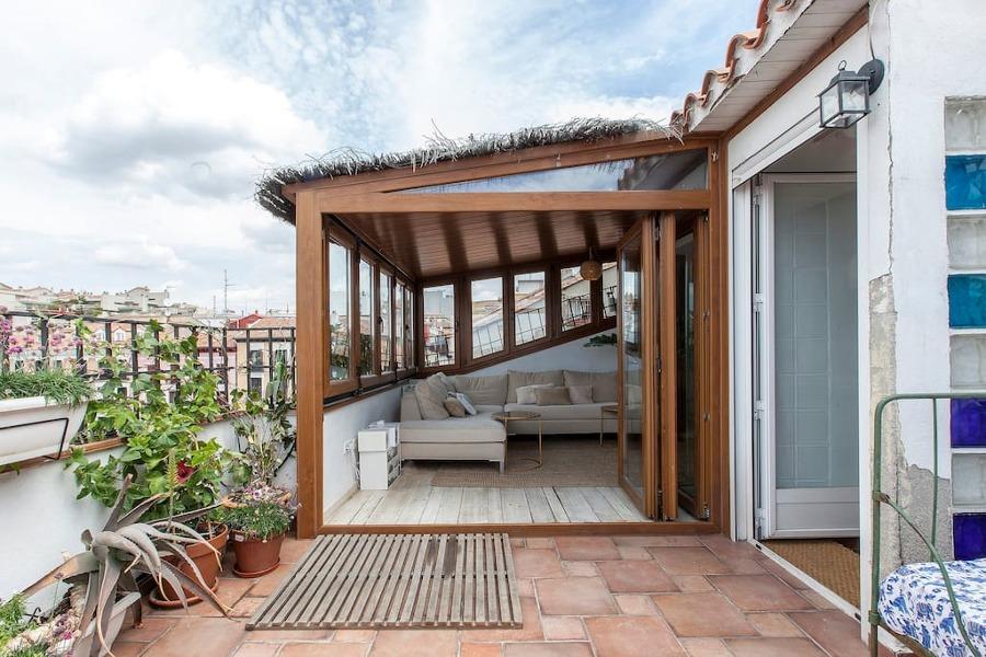 10 terrazas de airbnb en las que perderse e inspirarse for Casetas para terrazas