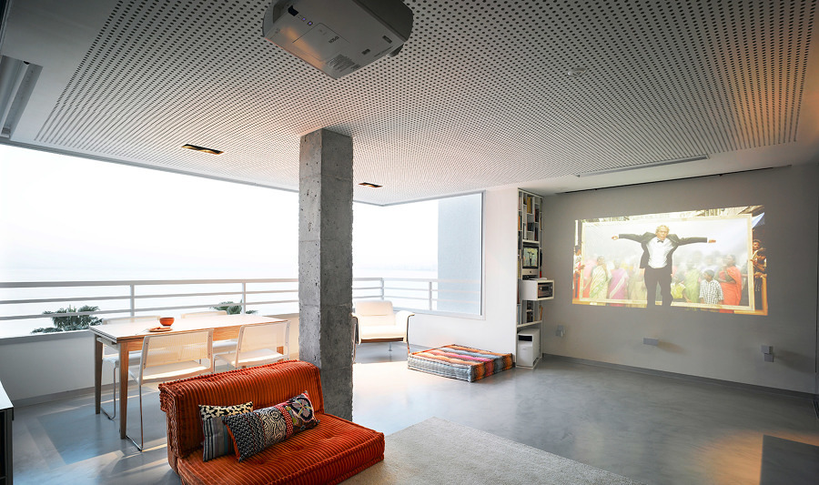 Terraza unida al interior de la casa