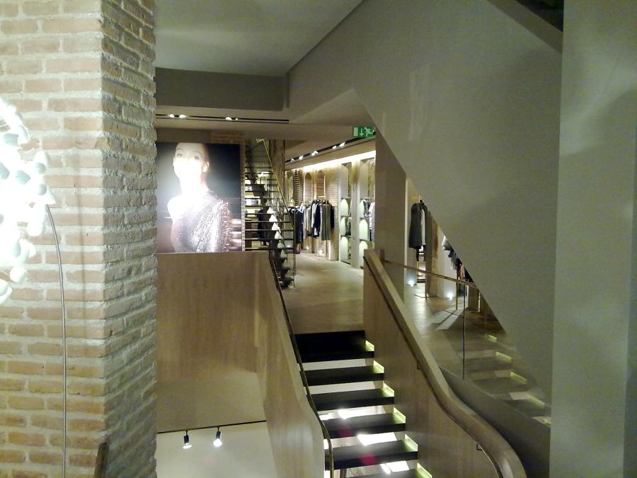 Foto tienda adolfo dominguez de electricidad jv pastor cb for Tiendas adolfo dominguez valencia