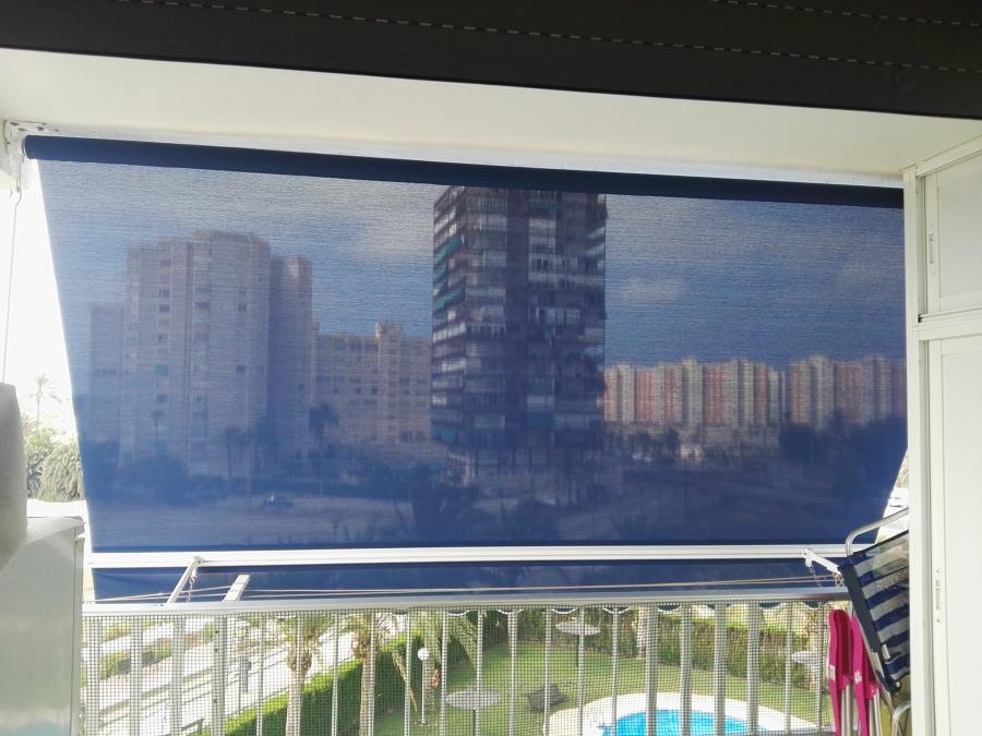 Foto toldo con tela microperforada de scp estructuras - Tela de toldos ...