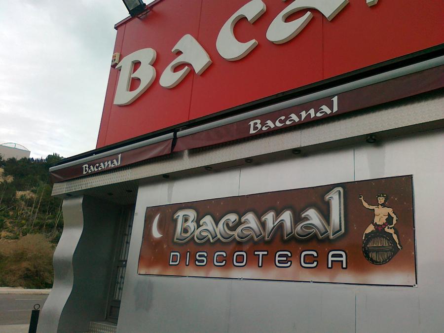 TRABAJO EN BACANAL
