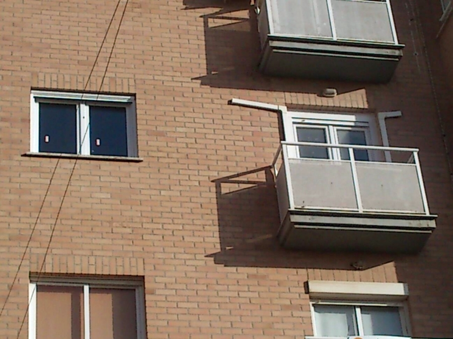 Montaje de puertas y ventanas de pvc proyectos carpinter a pvc - Montaje de puertas ...