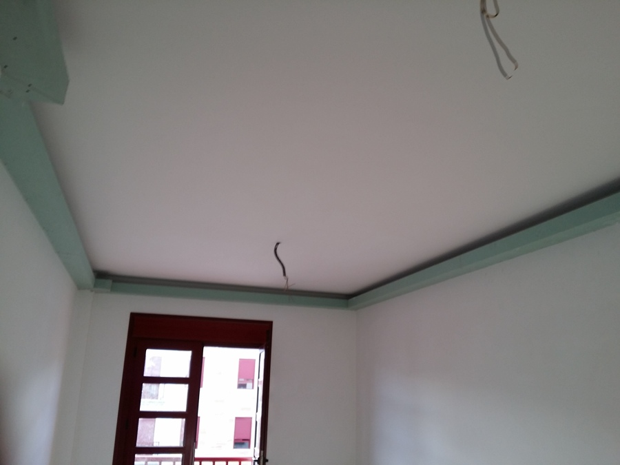Aplicaci n de luces led en el techo de una vivienda - Electricistas las palmas ...